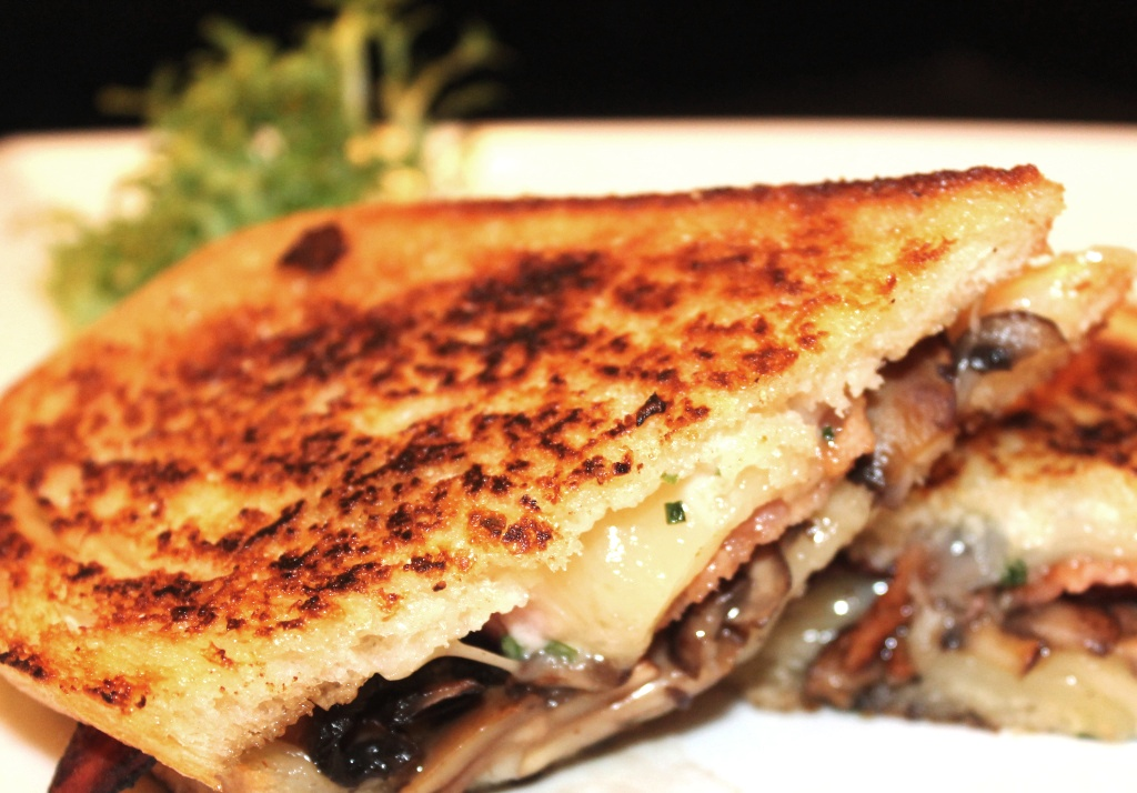 Grilled Cheese Sandwich with Emmanthaler cheese and bacon